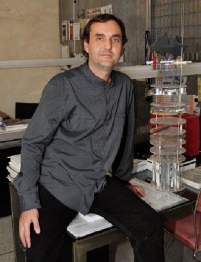 D. Enrique Larive López